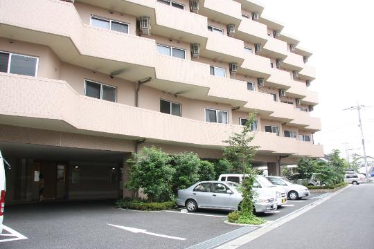 石神井クラシック・コミュニティそよ風 の 介護スタッフ(日勤パート)