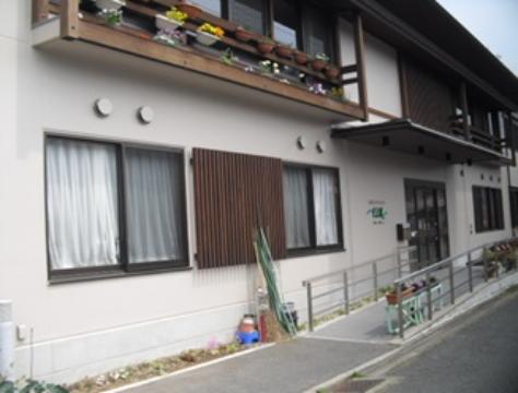 天神川ケアセンターそよ風 の 介護スタッフ(フルタイム)