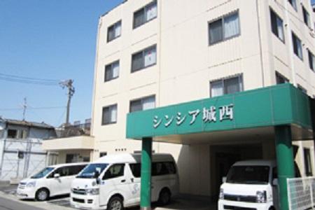 【西区】1回3,5万円!Wワーク可/賞与あり/看護夜勤専従