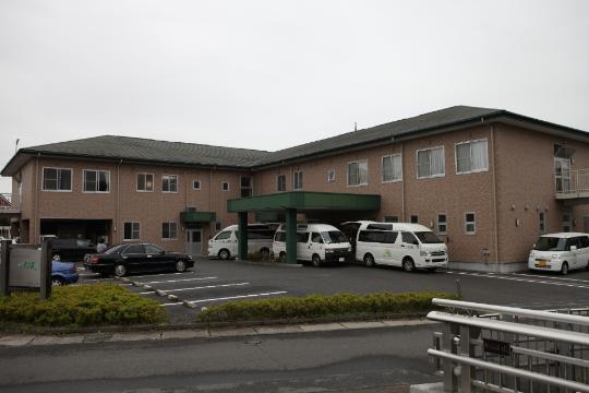 今泉ケアセンターそよ風 の 介護スタッフ(フルタイム)